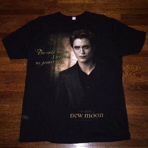 The twilight saga New Moon t shirt size XL